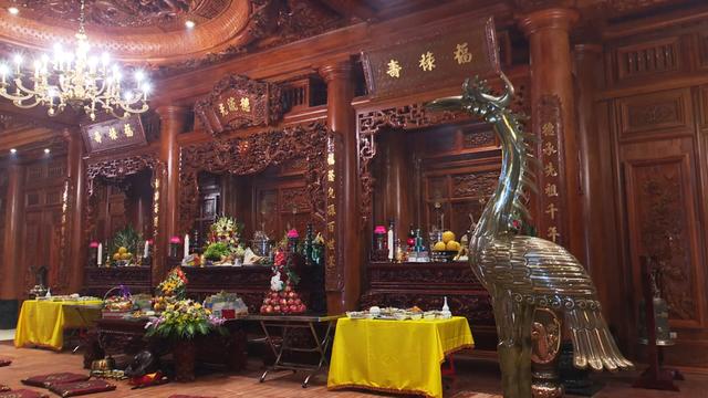 Chiêm ngưỡng lâu đài mạ vàng gây choáng của đại gia Ninh Bình-8