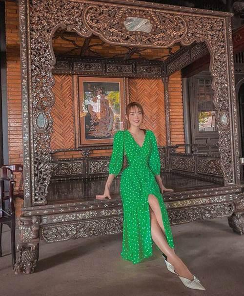 Đang cá tính, Minh Hằng chuyển sang diện váy xẻ điệu đà - item nhất định có mùa hè này-4