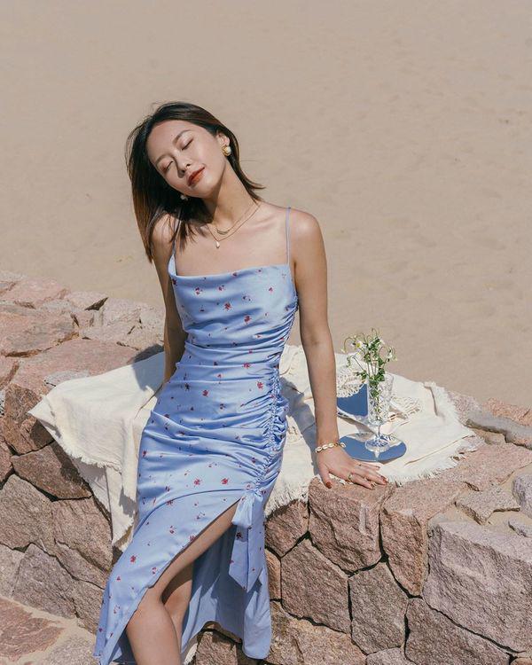 Đang cá tính, Minh Hằng chuyển sang diện váy xẻ điệu đà - item nhất định có mùa hè này-5
