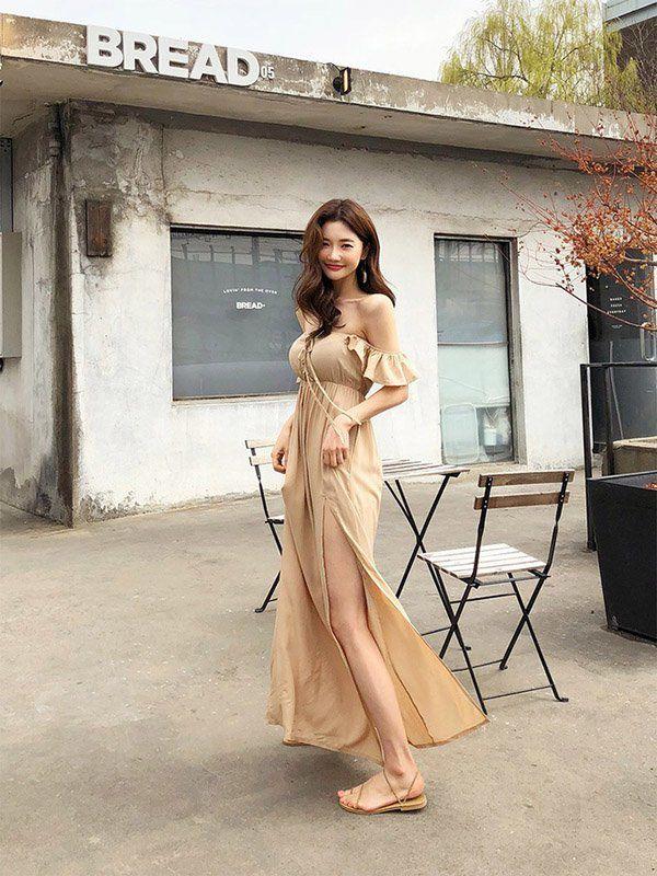 Đang cá tính, Minh Hằng chuyển sang diện váy xẻ điệu đà - item nhất định có mùa hè này-16