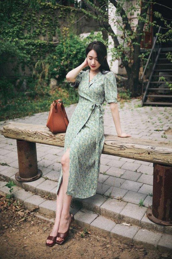 Đang cá tính, Minh Hằng chuyển sang diện váy xẻ điệu đà - item nhất định có mùa hè này-10