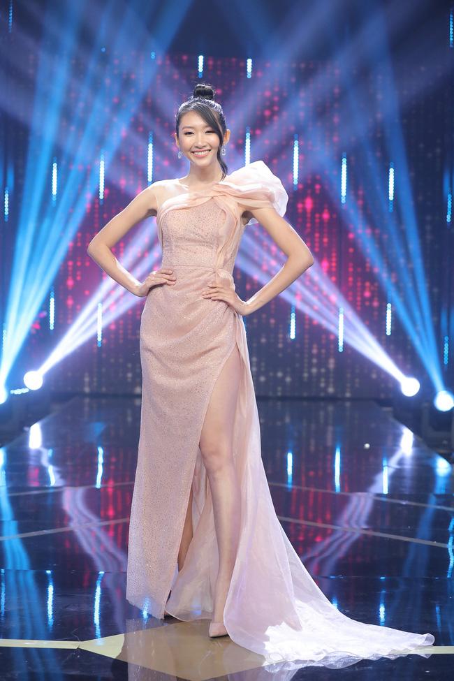 Người ấy là ai?: Nữ chính trong clip đẹp rụng rời, nhưng đến khi bước ra sân khấu lại khiến khán giả hụt hẫng-7