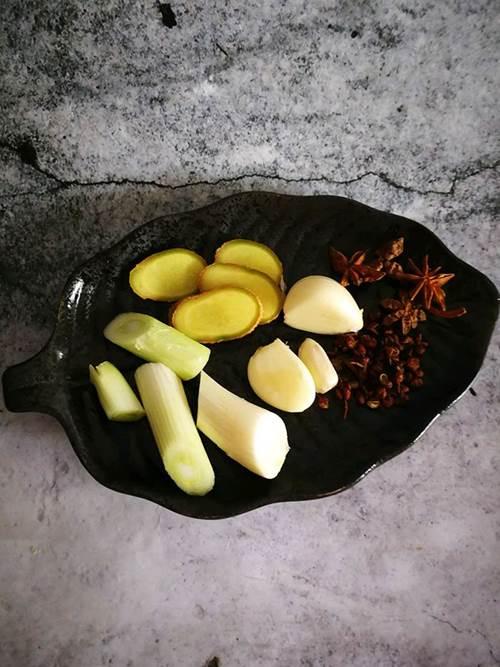 Cả nhà đang chán cơm vì nóng, nhìn thấy sườn xào chua ngọt kiểu này lại đòi ăn ngay-1