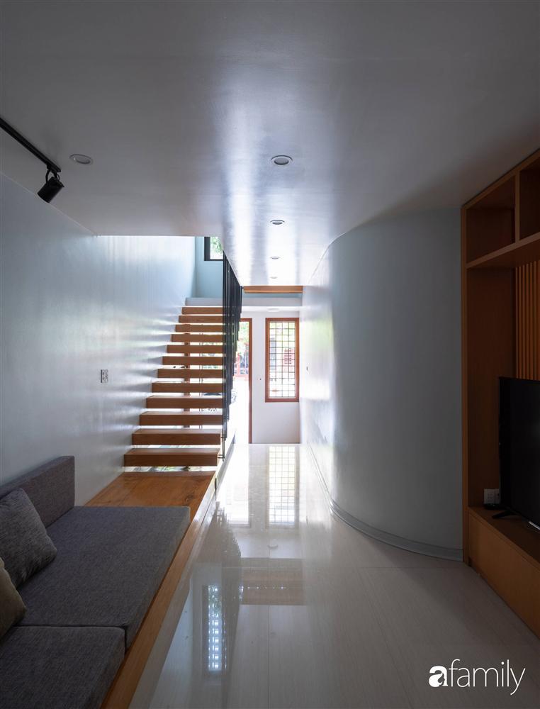 Ngôi nhà phố lấy cảm hứng từ thác nước mang đến cuộc sống an lành, thư thái cho gia đình 3 thế hệ ở Hải Dương-9