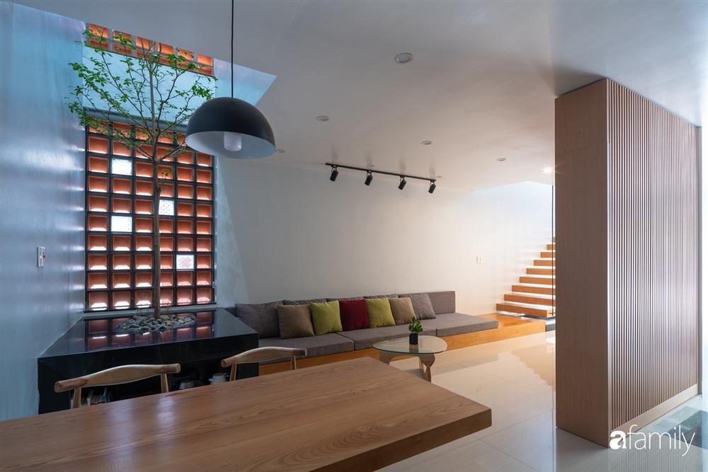 Ngôi nhà phố lấy cảm hứng từ thác nước mang đến cuộc sống an lành, thư thái cho gia đình 3 thế hệ ở Hải Dương-17