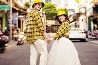 Cô dâu 65 tuổi lấy chồng ngoại 24 tuổi khoe ảnh cưới 'cực ngầu' sau khi gặp mặt cặp đôi vợ chồng 62 - 26