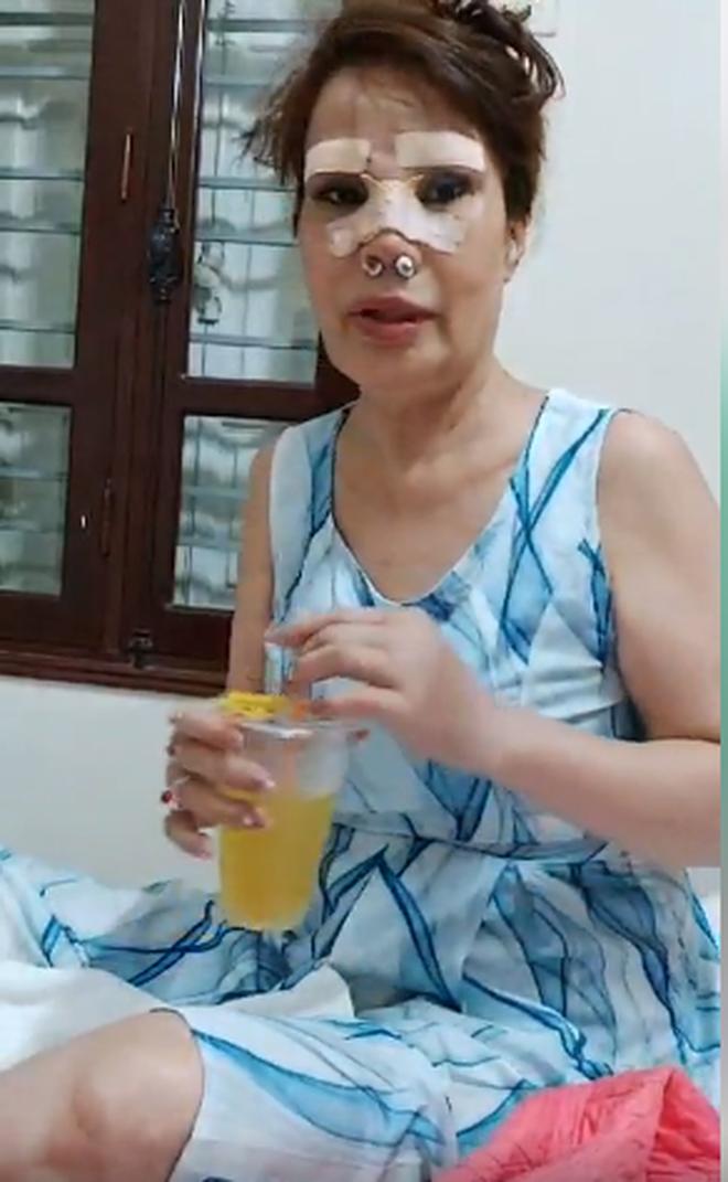 Cô dâu 62 tuổi chơi lớn chi 50 triệu đồng nâng mũi, sửa lông mày để tân trang nhan sắc-5