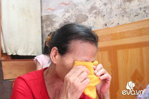 Ánh mắt sau song sắt của 3 đứa trẻ không được đến trường, không được khai sinh giữa Hà Nội-8