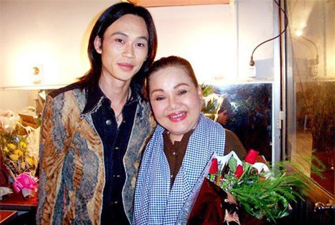 Hai người phụ nữ khiến danh hài Hoài Linh luôn kính nể trong showbiz-1