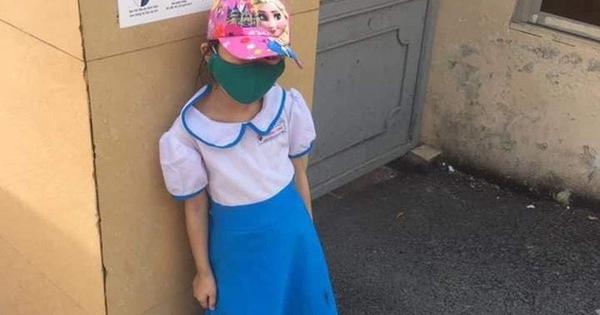 Vụ học sinh đi học sớm bị đứng ngoài cổng trường: Nhiều chi tiết chỉ mới nói ra một nửa?-1