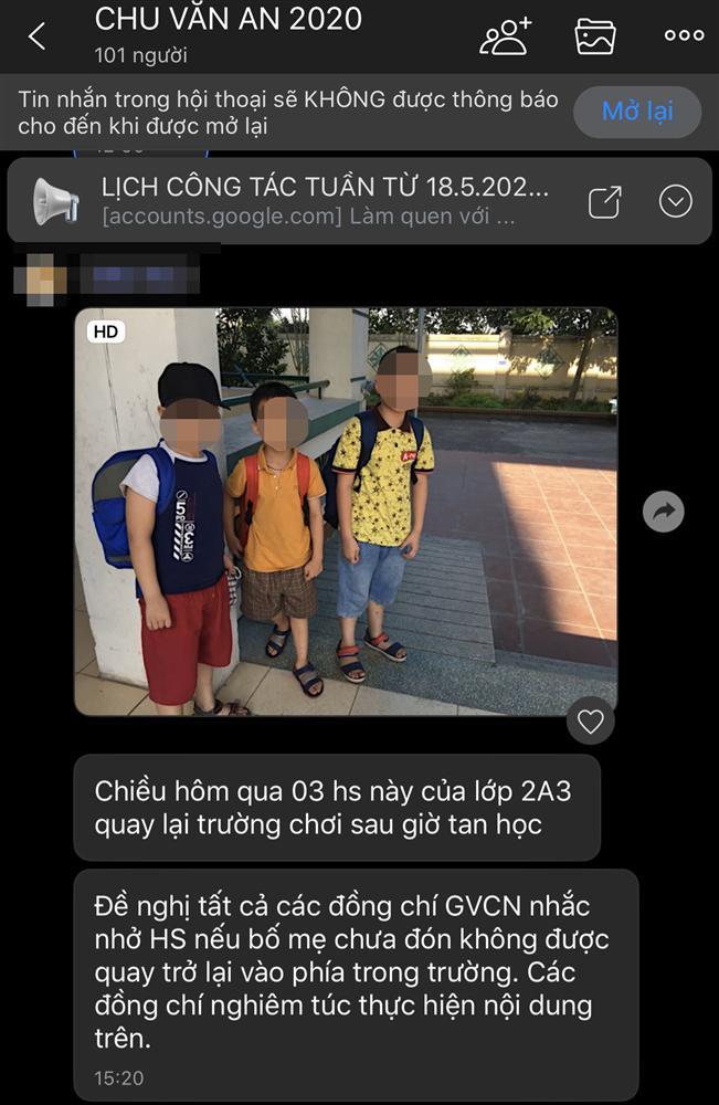 Phụ huynh ở Hà Nội phản ánh cô giáo không cho học sinh quay lại trong trường sau giờ tan học khiến con phải lang thang ngoài đường-4
