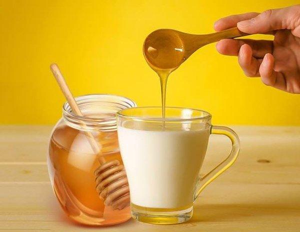 6 cách làm trắng da bằng mật ong giúp chị em không sợ đen da khi nắng hè đến-5