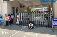Chủ tịch Hà Nội yêu cầu kiểm tra vụ trường khóa cửa lớp, học sinh 'đội nắng' chờ phụ huynh đến đón