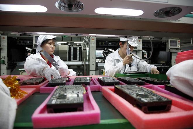 Sản xuất ở Việt Nam, mua AirPods trong nước có rẻ hơn nước ngoài?-2