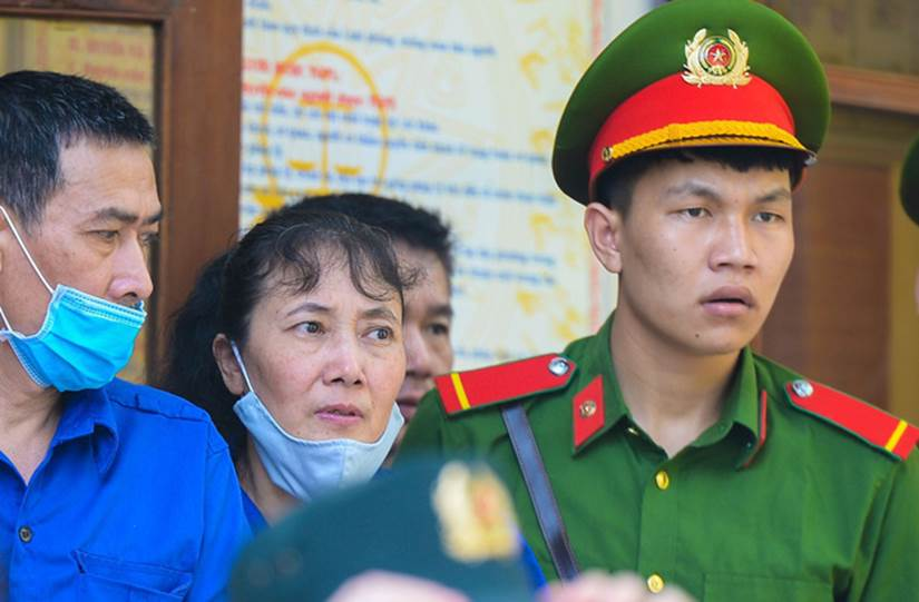 Những lời khai bất nhất của các bị cáo trong phiên xét xử vụ án gian lận điểm thi ở Sơn La-3