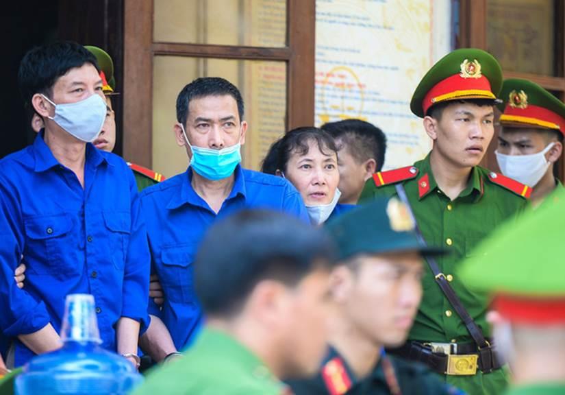 Những lời khai bất nhất của các bị cáo trong phiên xét xử vụ án gian lận điểm thi ở Sơn La-4