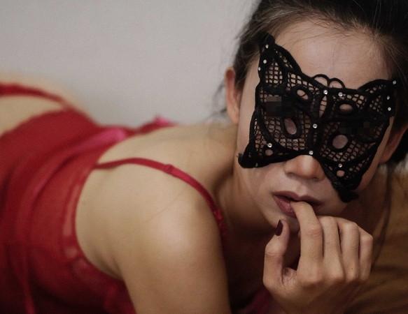 Chàng trai quyết định chia tay đúng ngày lễ Tình yêu vì biết bí mật thực sự của việc bạn gái từ chối nhìn vào chỗ nhạy cảm-1