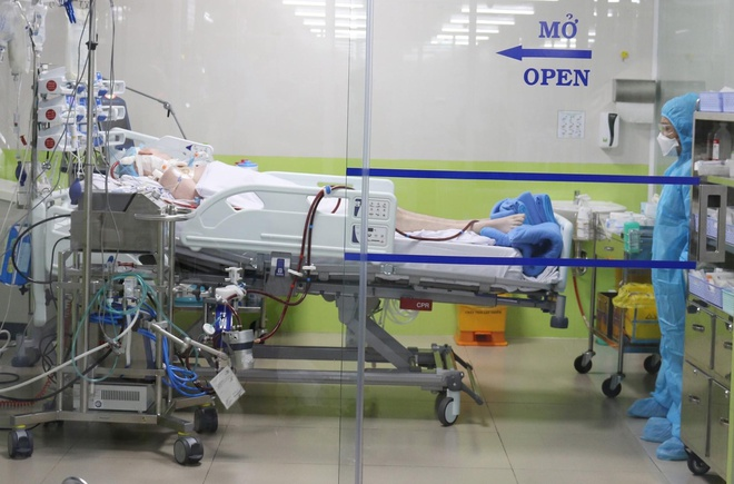 Bệnh nhân 91 tiên lượng vẫn nặng, chưa có tiến triển tích cực-1
