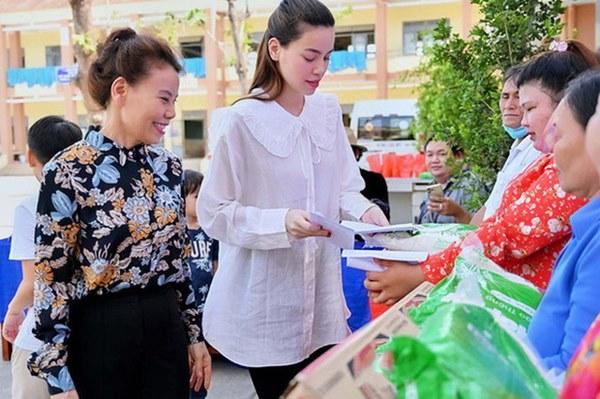 HOT: Hồ Ngọc Hà đang mang thai đôi sau 3 năm yêu Kim Lý-5