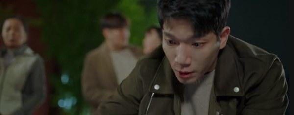 Cực hot tập 12 Quân vương bất diệt: Đỏ mặt cảnh hôn nóng bỏng của Lee Min Ho và Kim Go Eun ngay trên giường-5