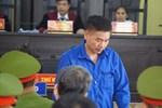 Xét xử gian lận thi cử tại Sơn La: Tranh cãi'nảy lửa' giữa cựu giám đốc sở và cấp dưới
