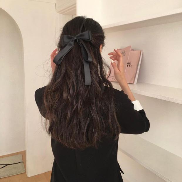 Diện tóc buộc nửa mà bị quê kiểng thì có thể là do bạn đã bỏ qua vài tiểu xảo này rồi-3