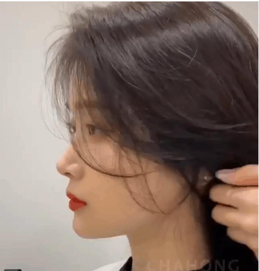 Diện tóc buộc nửa mà bị quê kiểng thì có thể là do bạn đã bỏ qua vài tiểu xảo này rồi-9
