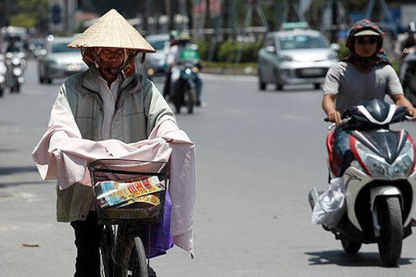 Dự báo thời tiết ngày 25/5: Hà Nội nắng nóng, đêm mới mưa giông-1