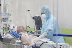Thông tin mới nhất tình hình sức khoẻ bệnh nhân số 91: Có tình trạng suy giảm miễn dịch, tổn thương thận cấp