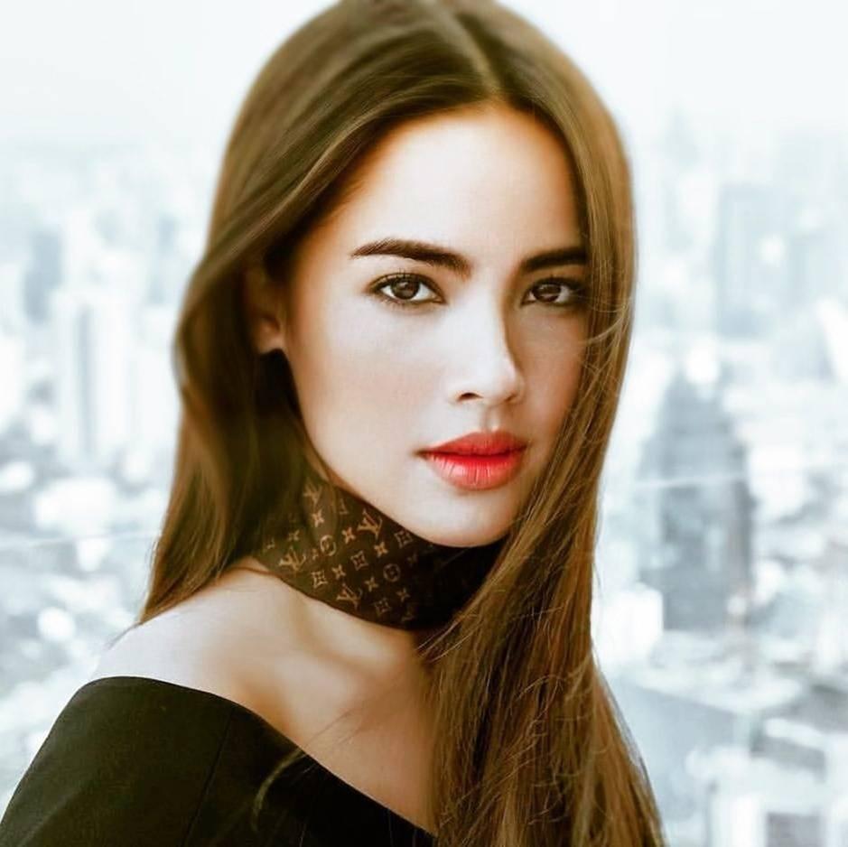 5 mỹ nhân đẹp nhất thế giới ngoài đời ăn mặc thế nào?-26