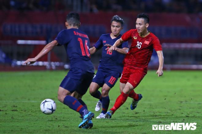 Quang Hải vs Hùng Dũng: Ai xứng đáng giành Quả bóng Vàng Việt Nam 2019?-3