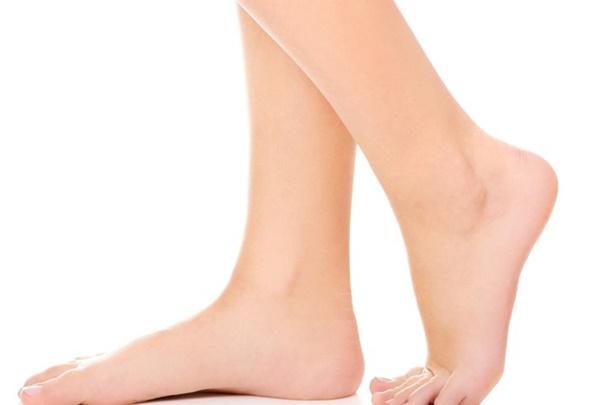 Dấu hiệu từ bàn chân cảnh báo gan rất yếu hoặc người đang chứa khối u-1