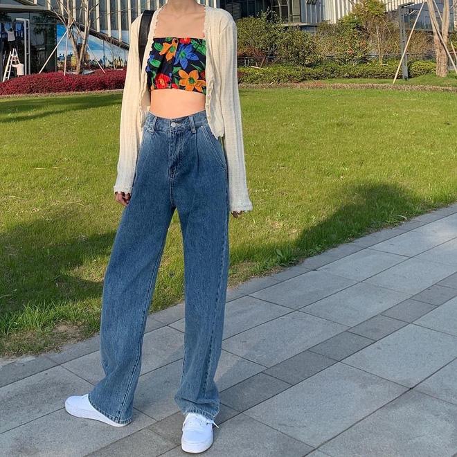 """Có một kiểu quần jeans sao Việt phát cuồng"""" mới đây nhưng Rosé thì đã diện suốt từ năm ngoái mới tài-14"""