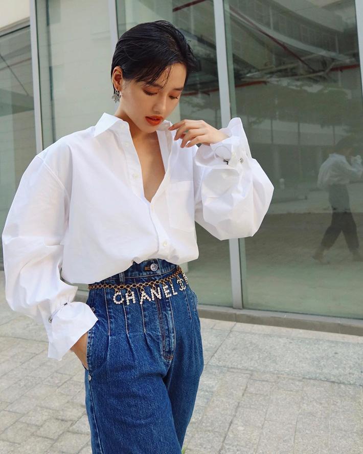 """Có một kiểu quần jeans sao Việt phát cuồng"""" mới đây nhưng Rosé thì đã diện suốt từ năm ngoái mới tài-7"""