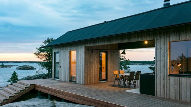 Ngắm nhà gỗ tuyệt đẹp nằm giữa đảo, bốn bề đều nghe tiếng sóng biển-1