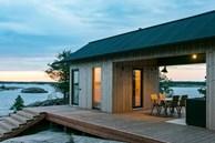 Ngắm nhà gỗ tuyệt đẹp nằm giữa đảo, bốn bề đều nghe tiếng sóng biển