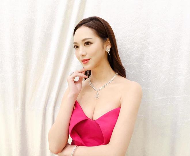 Hoa hậu Hong Kong hẹn hò thiếu gia sòng bạc Macau: Gia thế khủng và gợi cảm cỡ nào?-6