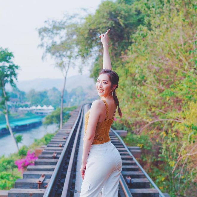 Hoa hậu Hong Kong hẹn hò thiếu gia sòng bạc Macau: Gia thế khủng và gợi cảm cỡ nào?-18