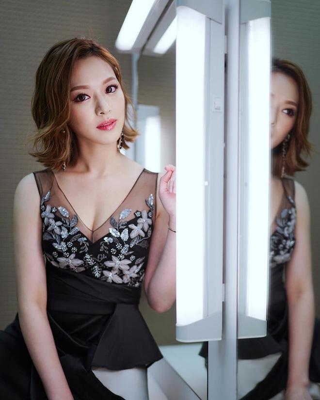 Hoa hậu Hong Kong hẹn hò thiếu gia sòng bạc Macau: Gia thế khủng và gợi cảm cỡ nào?-19