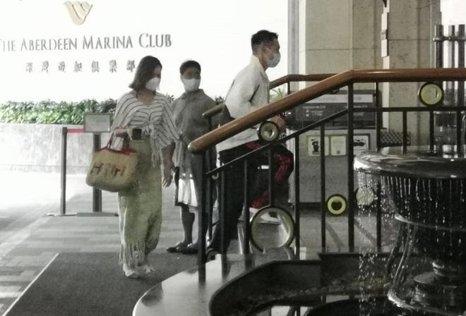 Hoa hậu Hong Kong hẹn hò thiếu gia sòng bạc Macau: Gia thế khủng và gợi cảm cỡ nào?-2