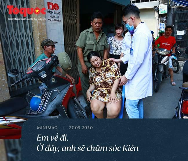 Bé trai tử nạn do cây đè: Mẹ về cho em bú. Mẹ sẽ chăm, thương em bằng cả tình thương của con nữa-11