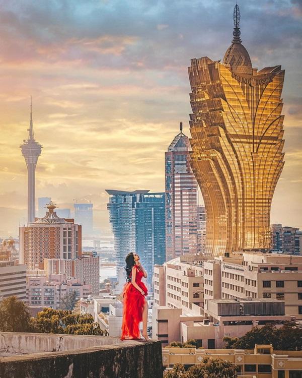 """Cận cảnh công trình để đời nhất của ông trùm"""" sòng bạc Macau vừa qua đời: Toà nhà hình búp sen vàng khổng lồ, hình check-in ngập tràn MXH-4"""