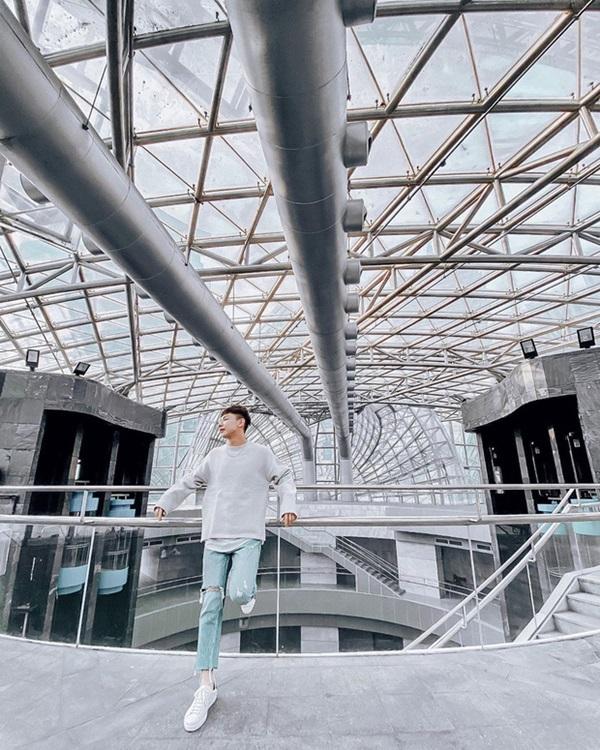 """Cận cảnh công trình để đời nhất của ông trùm"""" sòng bạc Macau vừa qua đời: Toà nhà hình búp sen vàng khổng lồ, hình check-in ngập tràn MXH-13"""