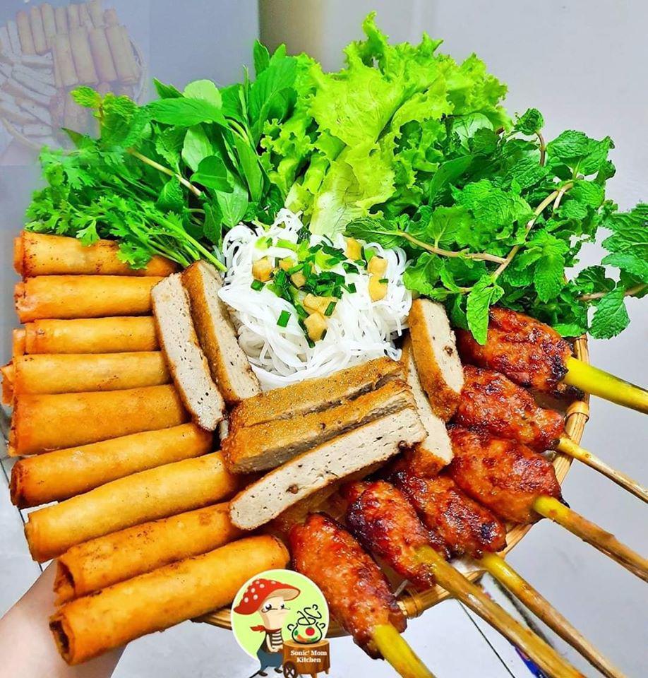 Chỉ nấu cơm 2 bữa/tuần, lại thích bày món ăn lên mẹt, 9X khiến chồng tăng cân đều mỗi tháng-13