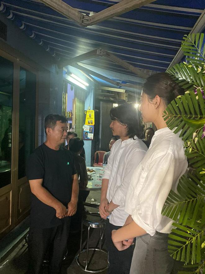 Ốc Thanh Vân xót xa, Lương Thuỳ Linh đến viếng và dành điều đặc biệt cho gia đình bé trai tử vong vì cây phượng bật gốc-2
