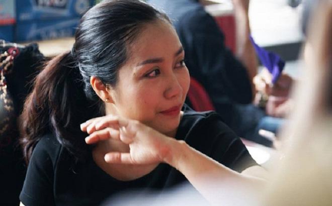 Ốc Thanh Vân xót xa, Lương Thuỳ Linh đến viếng và dành điều đặc biệt cho gia đình bé trai tử vong vì cây phượng bật gốc-4