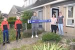 Văn Hậu bất ngờ xuất hiện trước cửa nhà khiến fan Heerenveen cảm kích bằng hành động đẹp trong mùa Covid-19