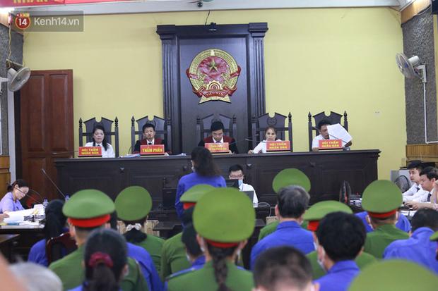 Tuyên án vụ gian lận thi THPT ở Sơn La: Cao nhất 21 năm tù, thấp nhất 30 tháng tù treo-1
