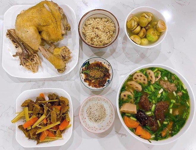 9X nấu cơm 2 người nhưng đủ món, chồng bỏ luôn nhậu nhẹt còn khen mình chọn vợ quá chuẩn-10