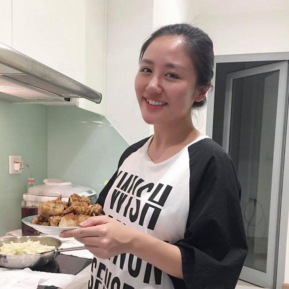 Hé lộ không gian bên trong căn hộ ca sĩ Văn Mai Hương đang sống-3